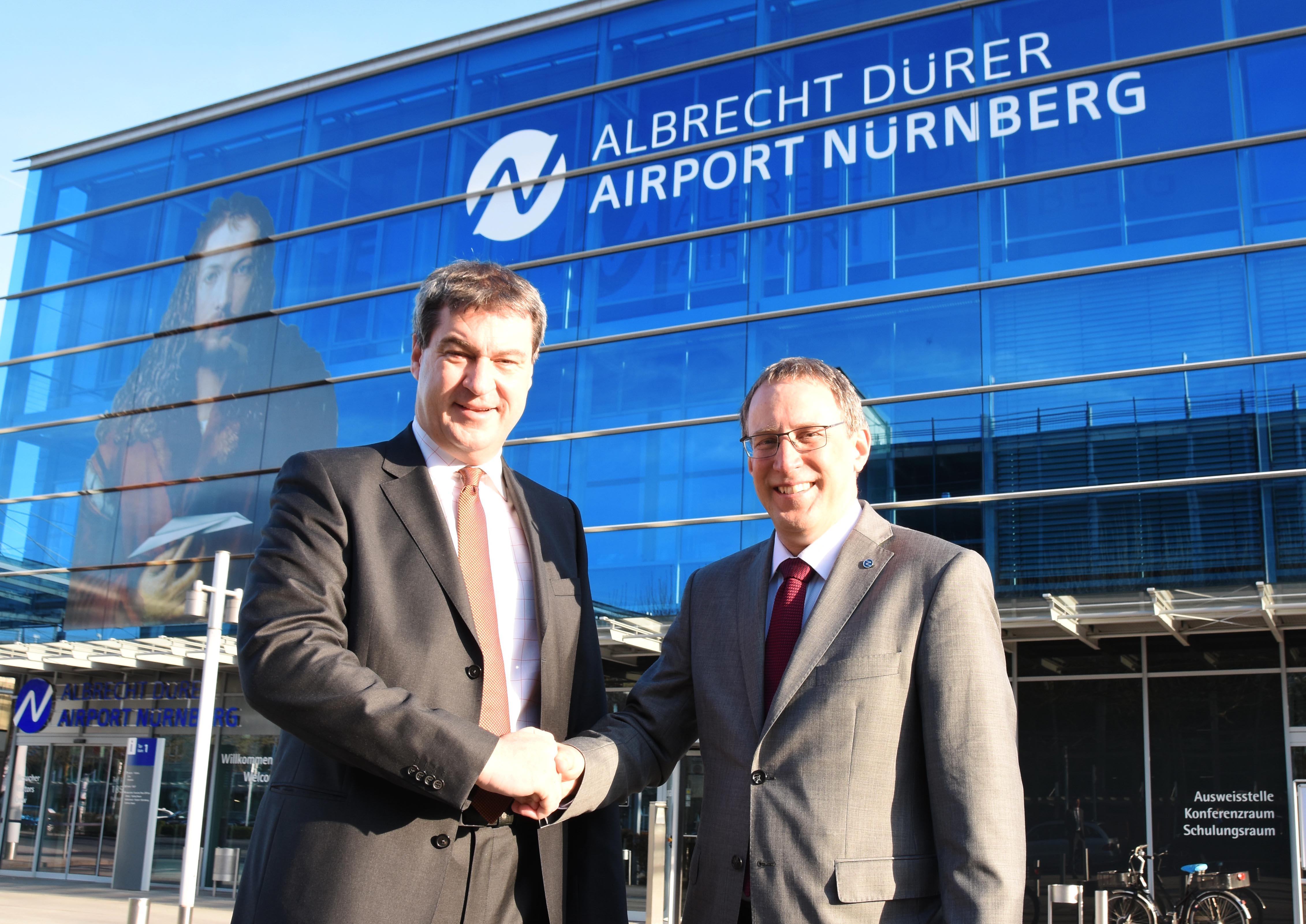 <p>Söder neuer Aufsichtsratsvorsitzender des Flughafens Nürnberg</p><p>Vertrag von Geschäftsführer Hupe verlängert</p>
