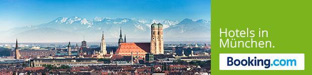 """Panorama von   München mit Aufschrift """"Hotels in München"""""""